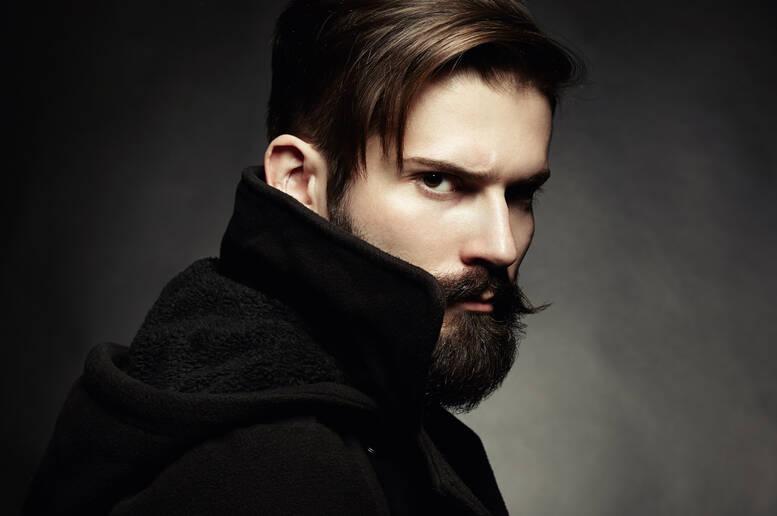Conosciuto Barbe e baffi: look che seguono le nuove mode e svelano anche  TJ11
