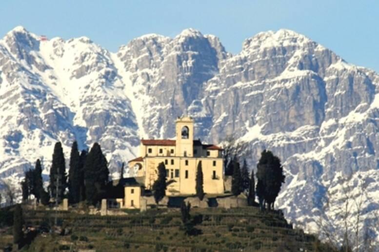 La magia di Montevecchia, per un panorama mozzafiato su Milano | Coppia